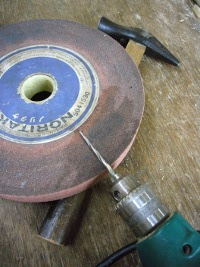 ドリル 木釘の下穴