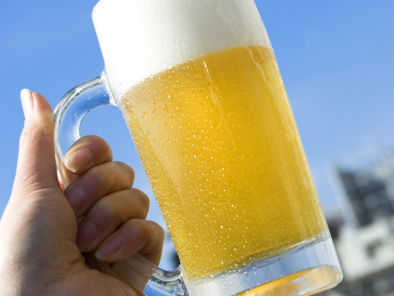 Beer-1-HTHTD0KWHU-1600x1200[1]