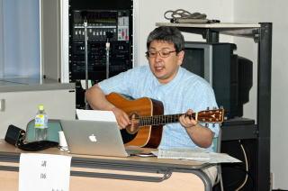 川西先生の熱唱