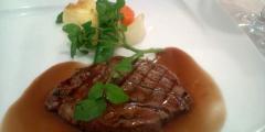 アベニール:肉料理