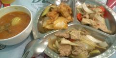 レッドカレー、炒め物3種類