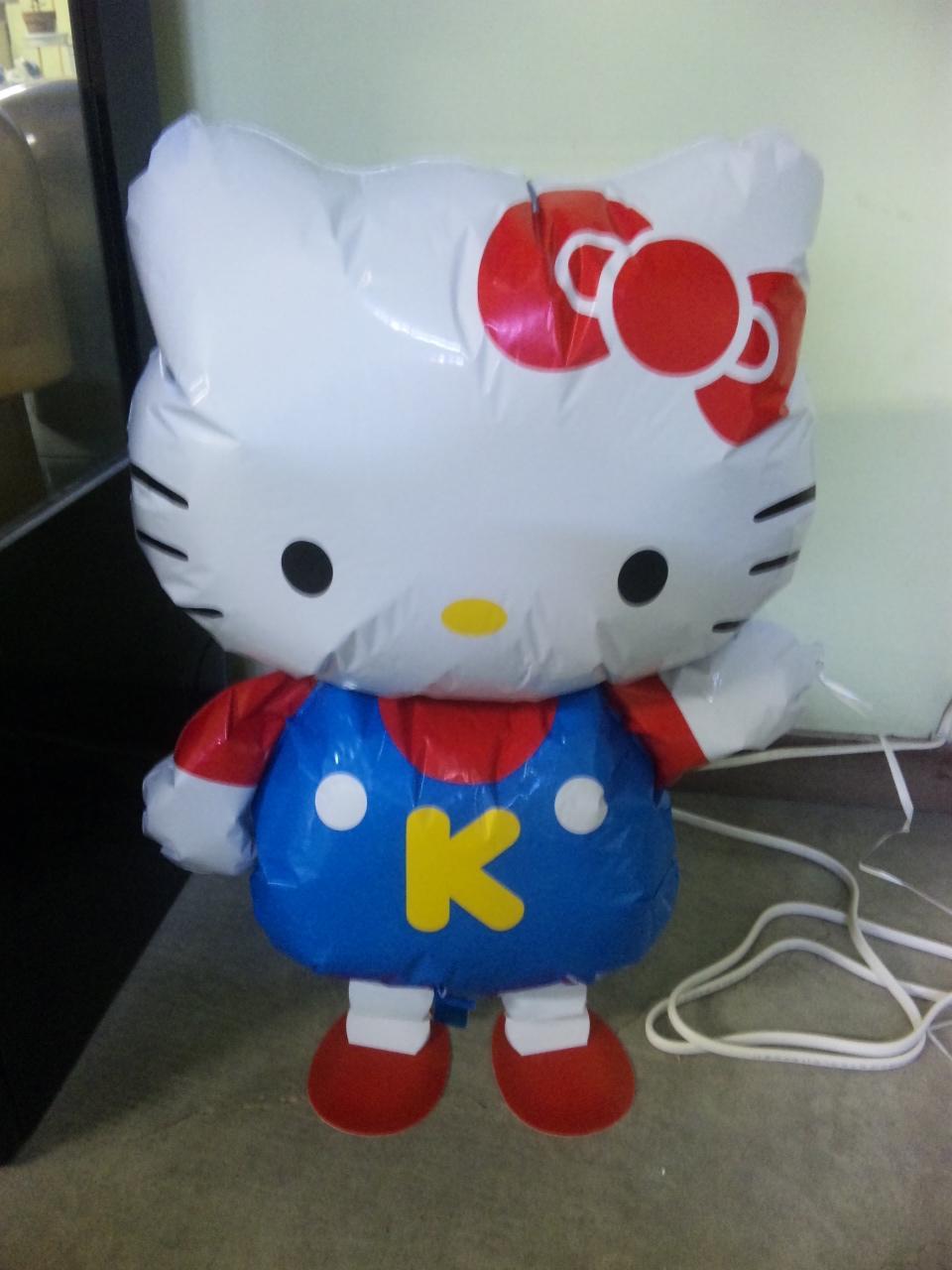 キティちゃん風船1