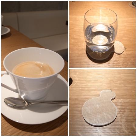 珈琲とお水