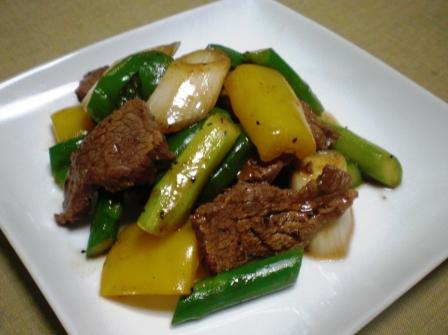 牛肉の黒胡椒炒め(B)