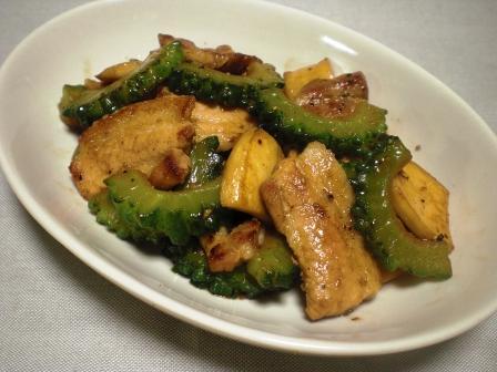 豚肉、ゴーヤ、エリンギ 塩炒め1