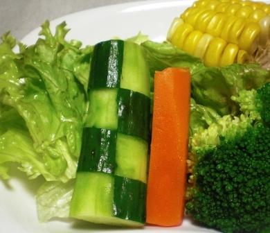 市松きゅうりのサラダ