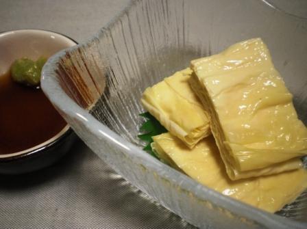 生湯葉のわさび醤油