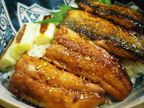 秋刀魚の蒲焼丼大