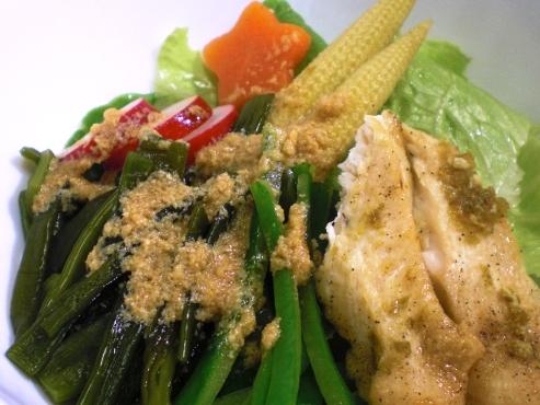 茎わかめの中華胡麻サラダ