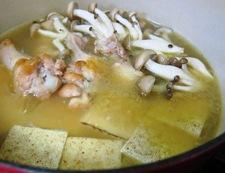 鶏手羽焼き豆腐煮込み