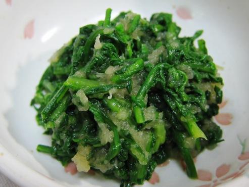 菊菜のおろし和え大
