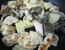 鶏胸肉のあっさり炒めフライパン②
