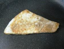 マスタードバターソース めかじきフライパン