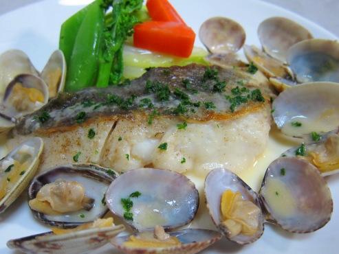 白身魚のあさりバターソース(B)
