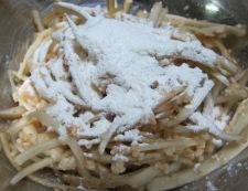 ごぼうのピリ辛揚げ 合わせ材料+片栗粉