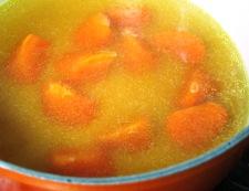 春キャベツとソーセージの煮込み 調理②