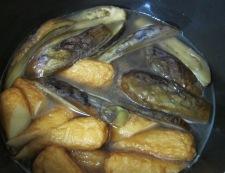 お茄子の炊いたん調理
