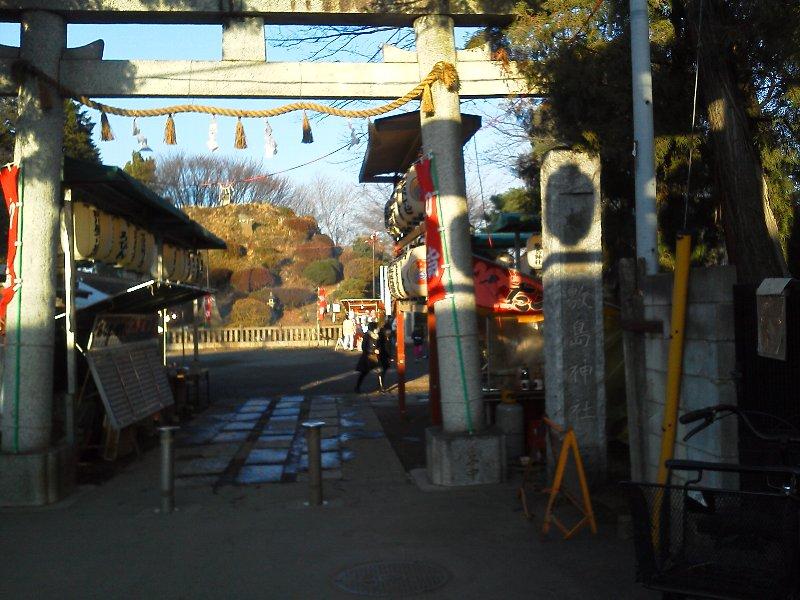 F1000387敷島神社 田子山富士にたこ焼き