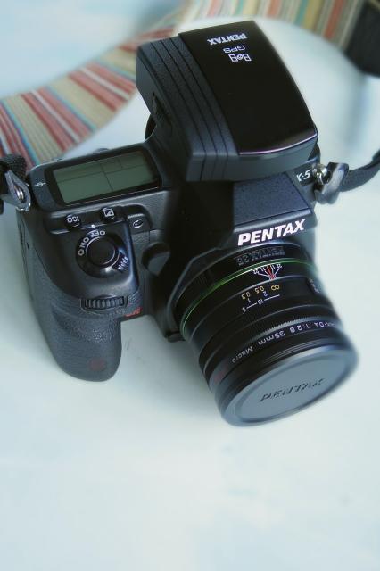 PENTAX K-5 + O-GPS1