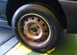 タイヤ12R