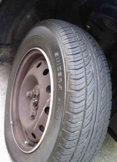 タイヤ2R