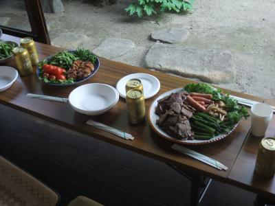 縁側のテーブル