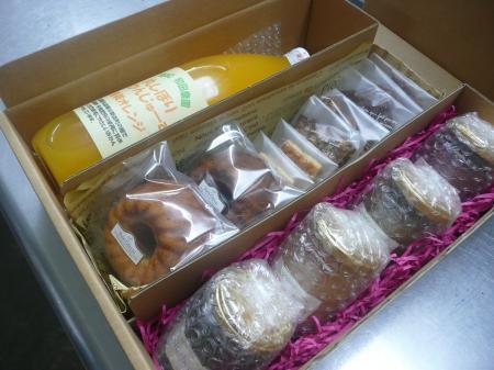 みかんじゅーすとお菓子・コンフィチュールのセット