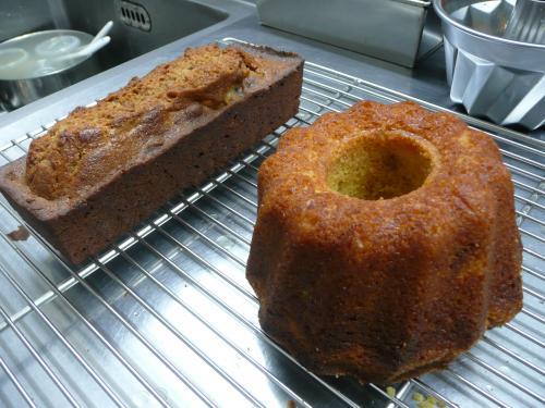 栗のパウンドケーキ・イチジクのクグロフ