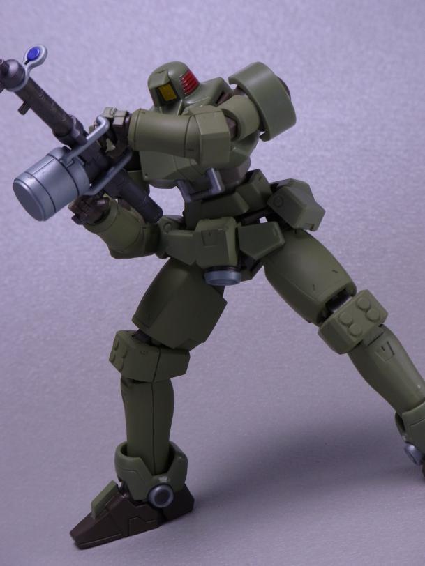 120820ロボット魂リーオー ⑤ポージング3.JPG