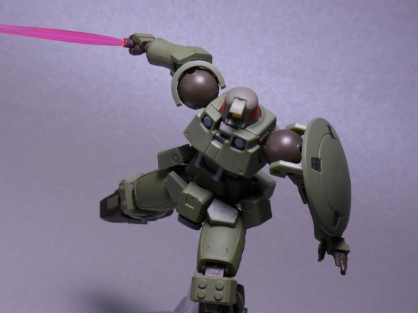 120821ロボット魂リーオー ③ポージング6.JPG