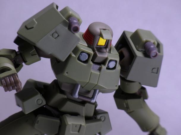 120821ロボット魂リーオー ③ポージング3.JPG