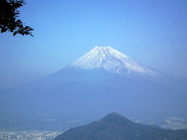 葛城山から見た富士山1