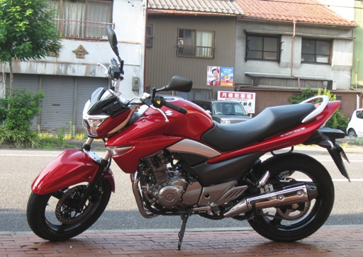 SUZUKI  GSR250  岐阜県 バイクショップ 試乗車 スズキ