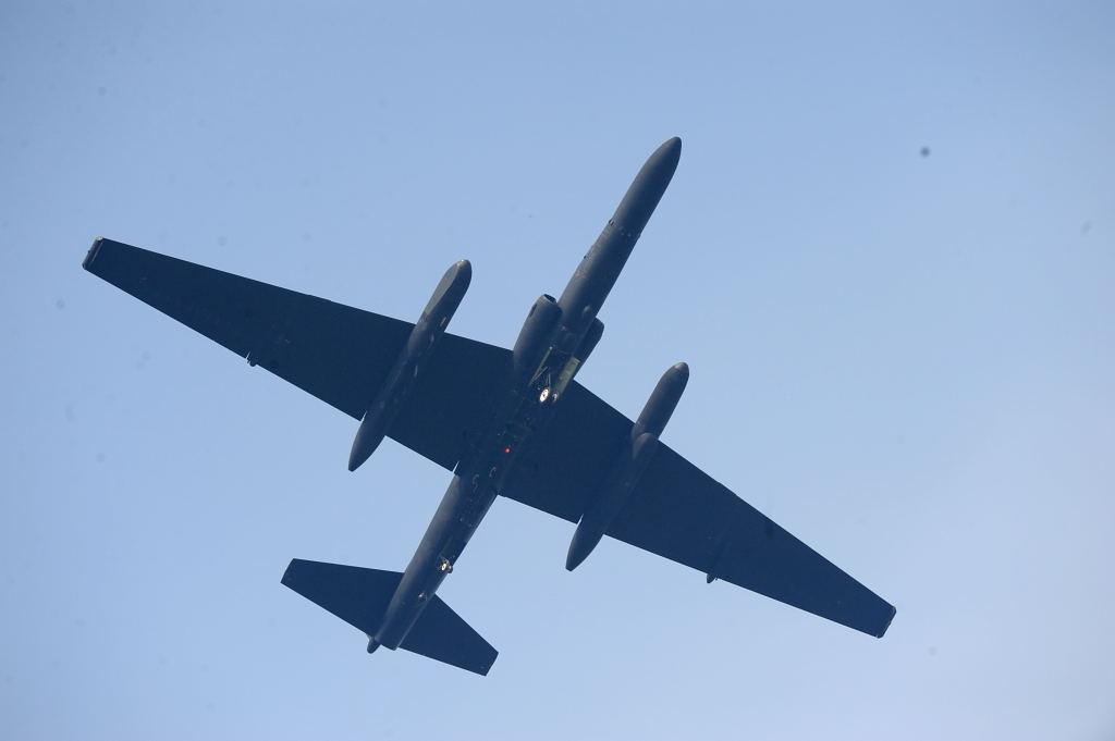 U-2 AF-S500F4GVR ISO200 SS1/2000 手持ち
