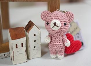 oeufsさんクマの編みぐるみストラップ120615