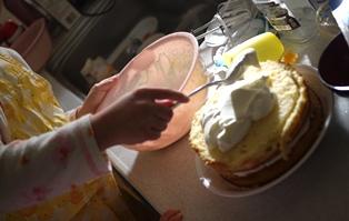 ケーキ 用生クリーム121224