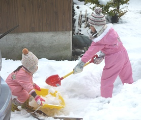 雪遊びー2-121229