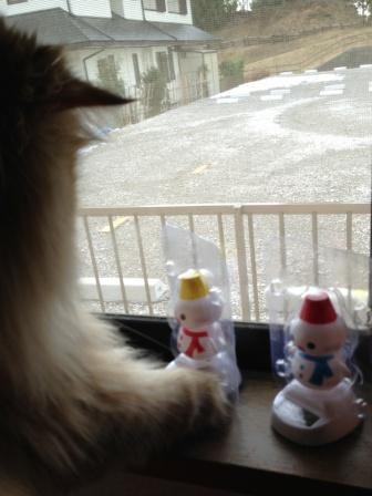 くねくね雪だるま (4)