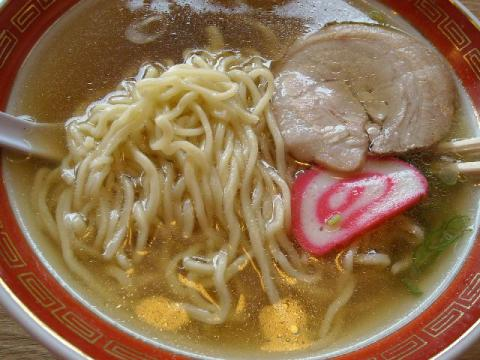 亀次郎・ラーメン 麺