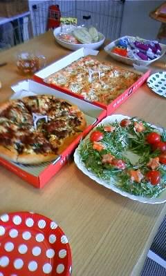 ピザ&リースサラダ
