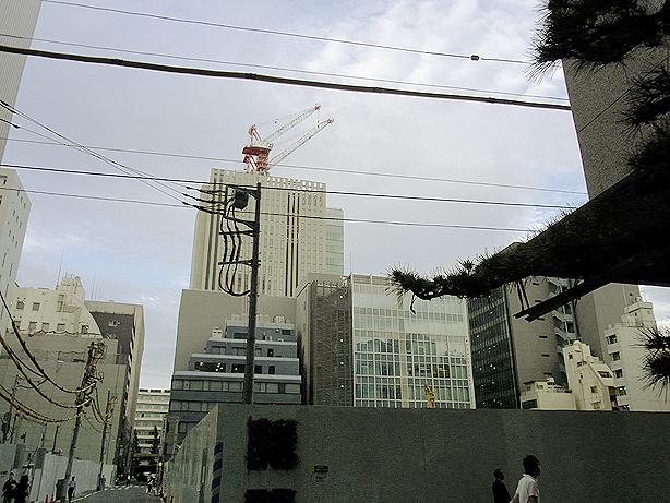 ヘアサロン大野のあった元古河ビルの辺り(東京中央区日本橋室町2丁目付近 2012年06月20日撮影)
