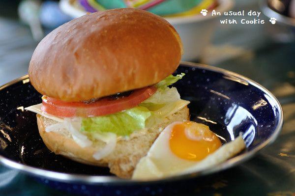 ハンバーガーできあがり_3281