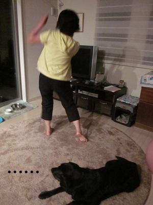 踊るママと豆