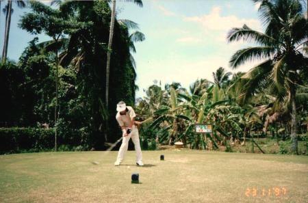 マレーシアでゴルフ