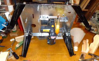 充電丸ノコテーブル