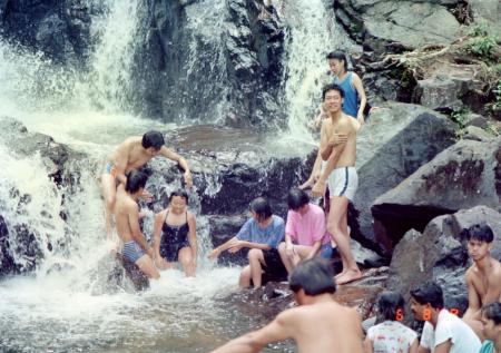 コタティンギの滝