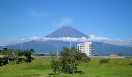 陸自演習場のある富士山