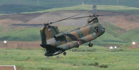 輸送ヘリ CH-47J