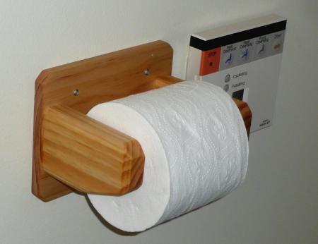 トイレPホルダー取付状態
