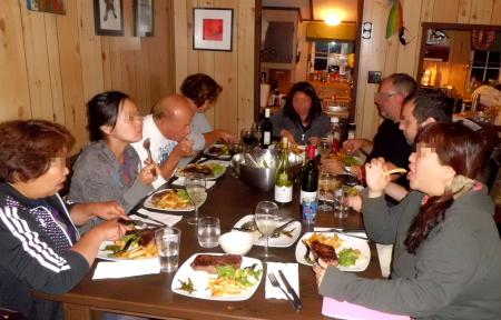 CA4-1ステーキ晩餐2